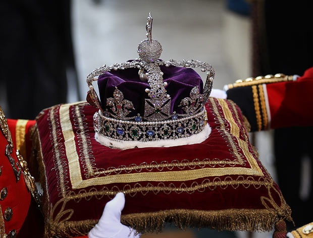 GC leaders have defended the use of a crown and other insignia as sanctioned per Old Testament royal custom