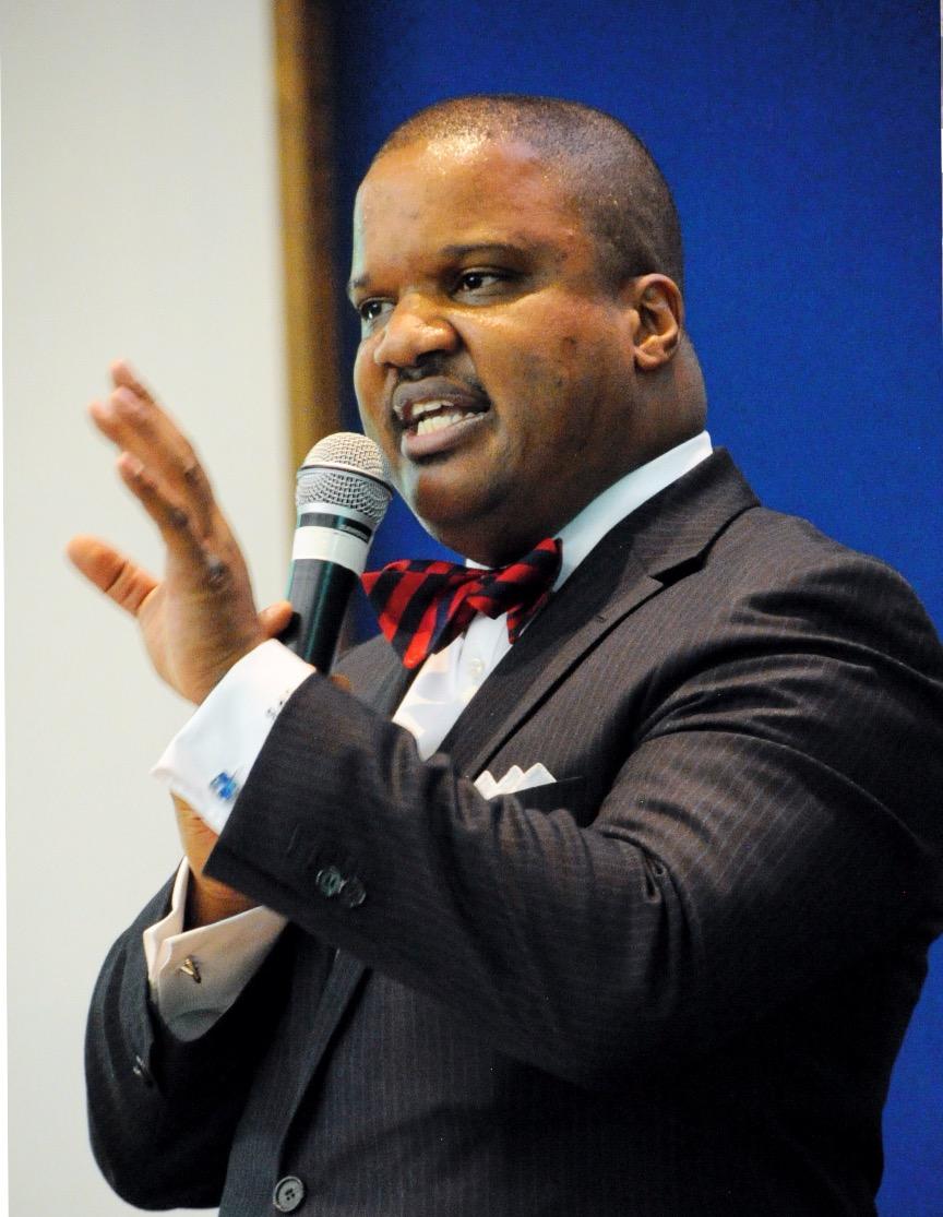 Carlton Byrd to donate Armani bow tie endorsement cash to Oakwood