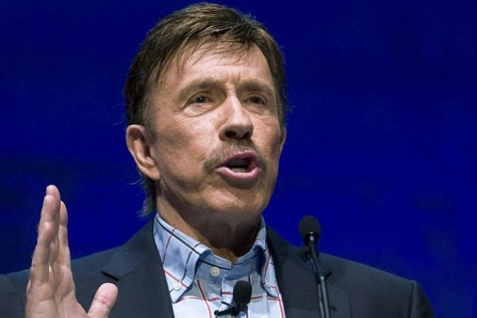 Chuck Norris converts to Adventism, turns world vegetarian