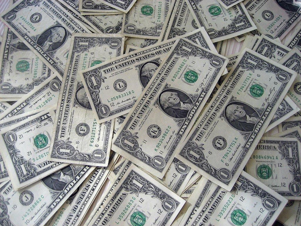 New Adventist offering baskets reject $1 bills
