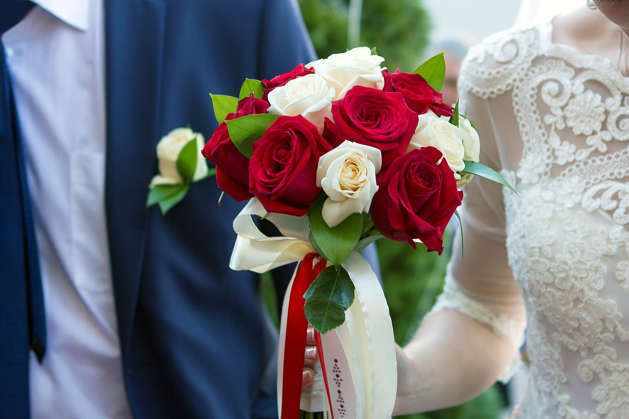 Adventist Newlyweds Skip Reception To Get To Know Each Other